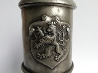 Cínový korbel český lev