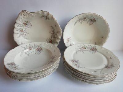 Porcelánové jídelní nádobí